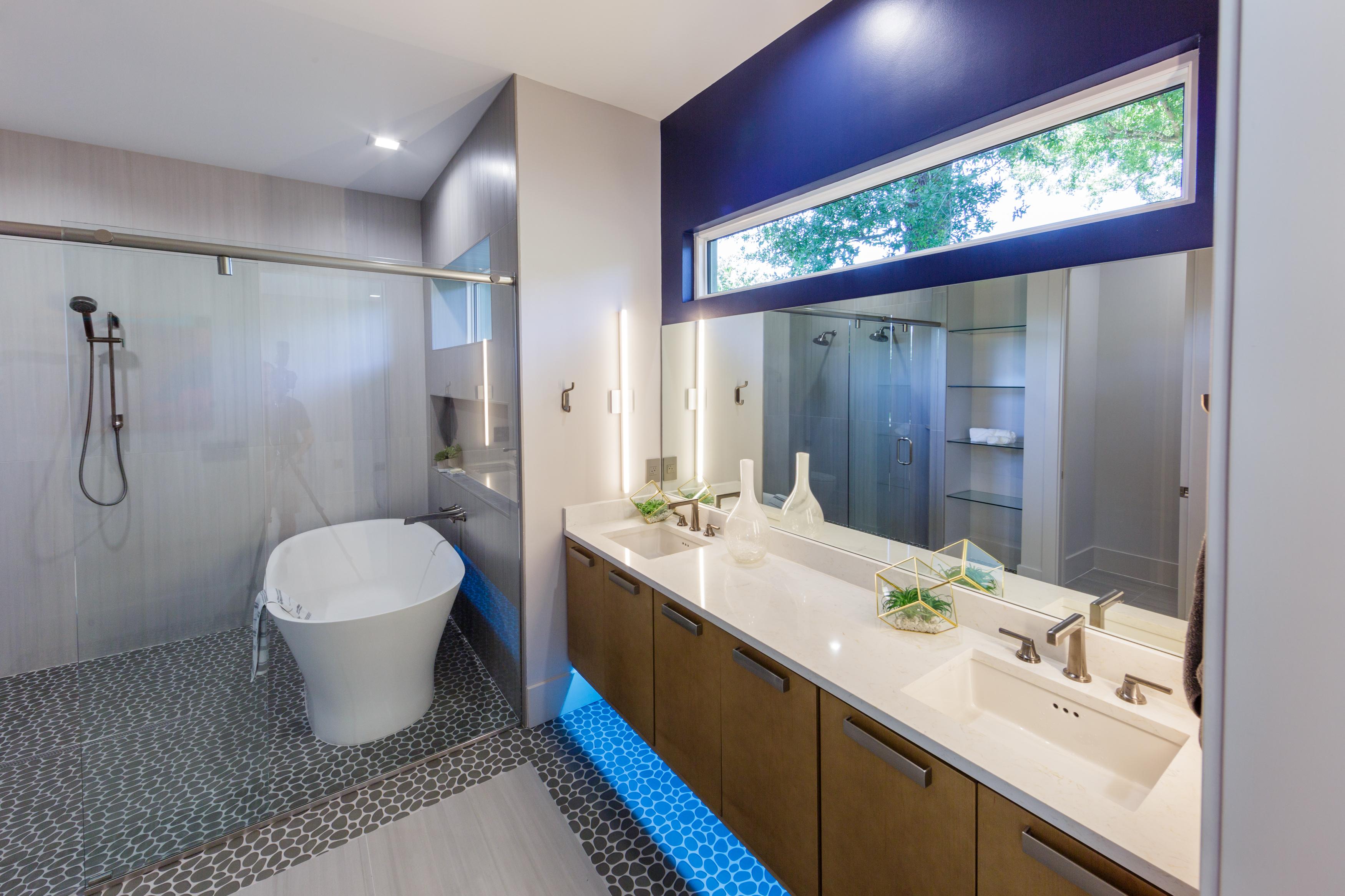 Grinnell Modern: Master Bath Tub & Vanity