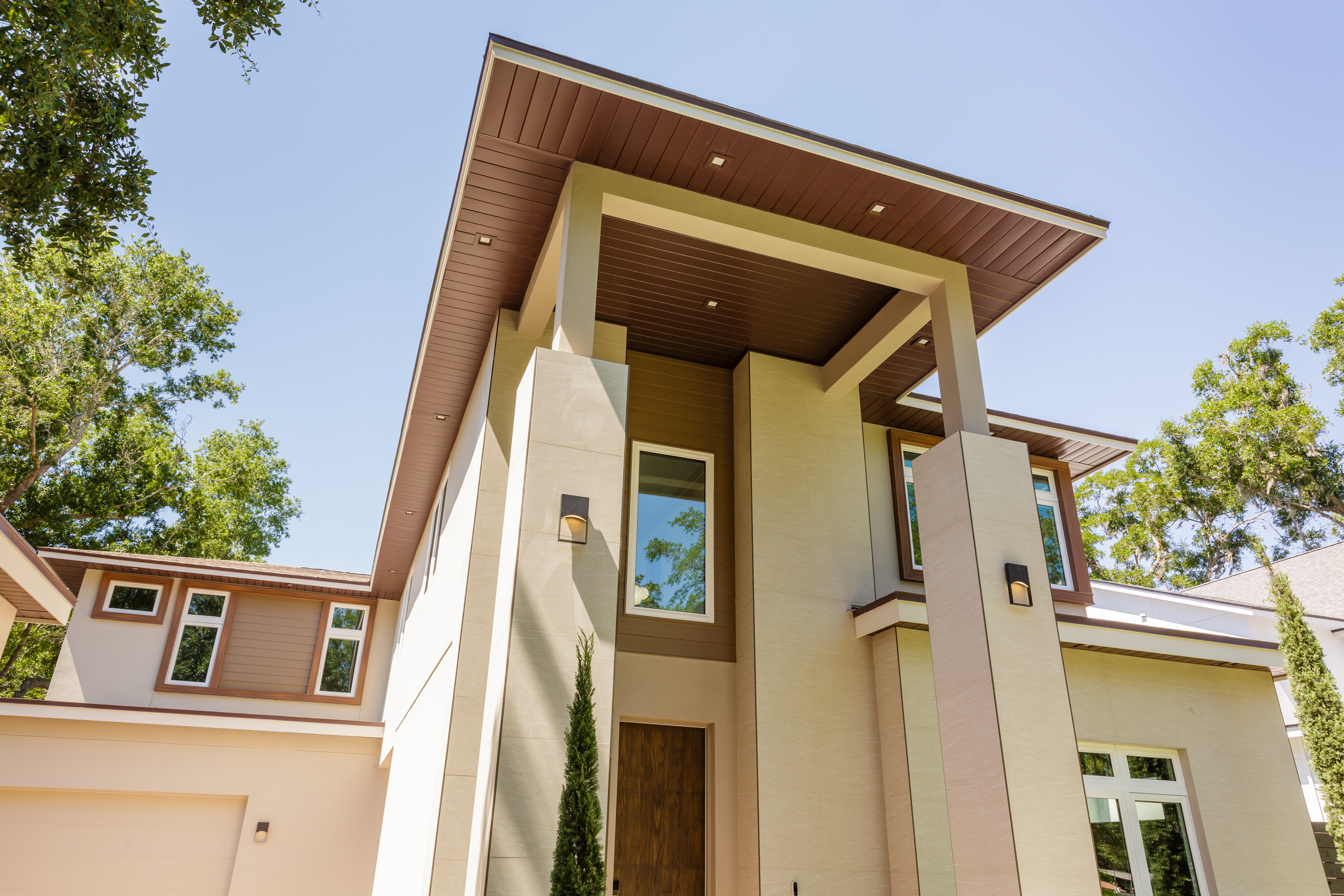 Grinnell Modern: Exterior Front